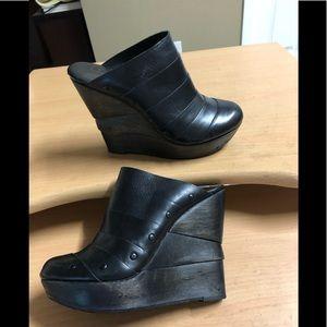 Diane von Furstenberg black leather mule Clog 6.5